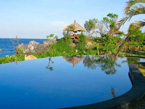 Alam Batu Beach Resort – Bali