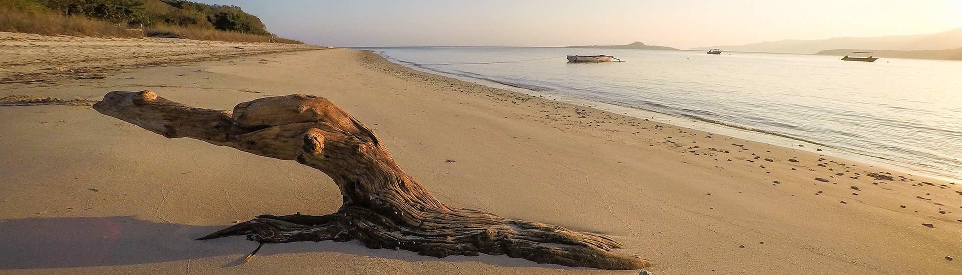 Einsame Strände auf Pantar im Alor Archipel