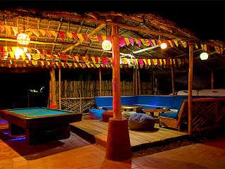 Lounge bei Nacht