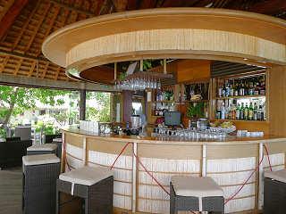 Bar im Maitai Hotel Rangiroa, Franz. Polynesien