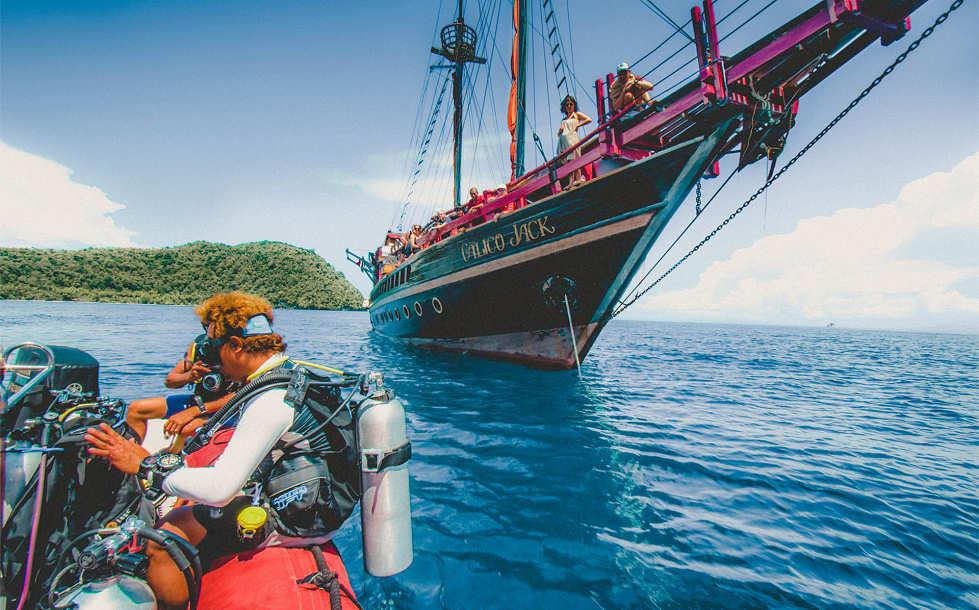 Safariboot West Papua, Raja Ampat & Molukken