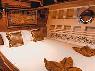 Doppelkabine auf der Calico Jack – Tauchsafari-Boot Indonesien