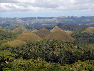 Landtouren zu den Chocolate Hills auf Bohol, Philippinen