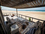 Perfekte Strandlage – Corasiida Guesthouse am Tofo Beach