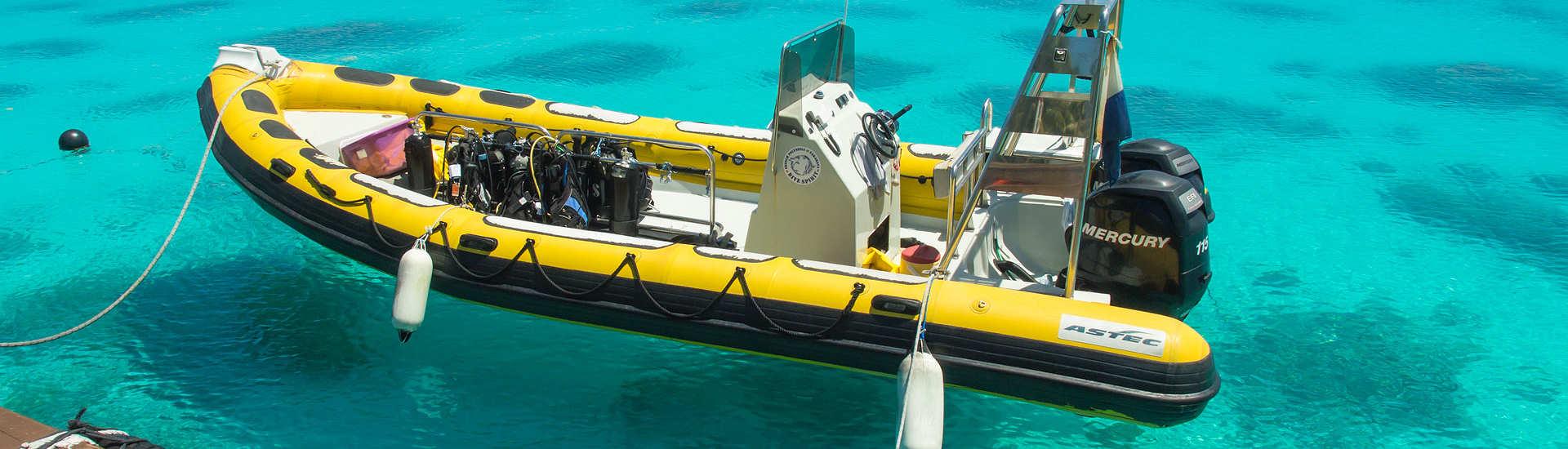 Dive Spirit Tauchboot – Fakarava, Franz. Polynesien