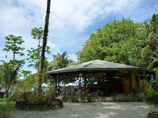 Dolphin Bay Resort – Palau