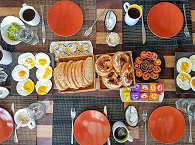 Safariboot Duyung Baru, Indonesien – Frühstück