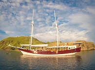 KLM Duyung Baru – Safariboot Komodo, Indonesien