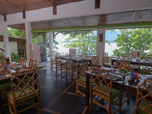 Restaurant im Froggies Divers Resort Lembeh