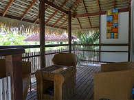 Möblierte Veranda eines Bungalows