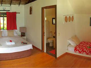 Bungalow mit Doppel- und ein Einzelbett