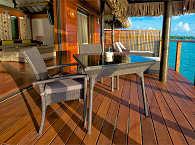 Terrasse ehes Wasserbungalows