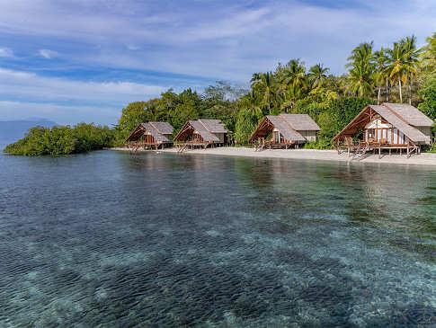 Elegante Anlage auf einer ansonsten unbewohnten Insel Halmaheras