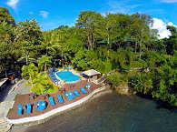 Poolbereich des Lembeh Dive Resort