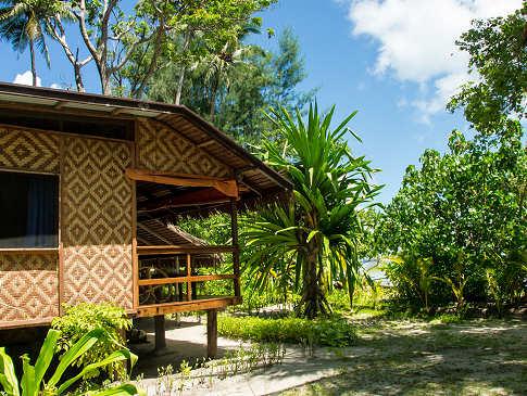 Lissenung Island Resort – Sea View Bungalow