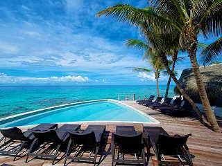 Pool with a View – Maitai Hotel Rangiroa