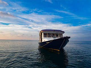 Tauch-Dhoni der Eco Blue – Tauchsafari Malediven