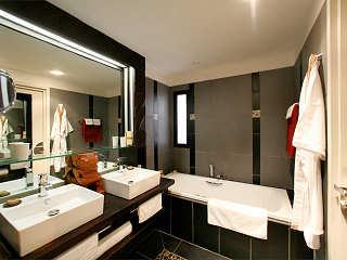 Badezimmer eines Studios für 2 Personen