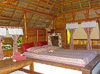 Großzügige, tradionell gebaute Bungalows