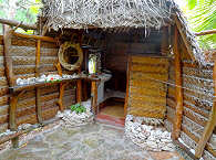 offene Bäder mit Kaltwasserdusche und WC