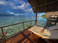 Blick auf die Dampier Strait  – Papua Explorers Resort, Indonesien