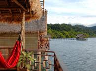 Blick vom Wasserbungalow – Papua Paradise Eco Resort
