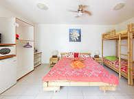 Familienzimmer mit Küchenzeile