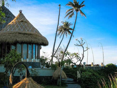 Alam Batu Beach Resort – Bali, Indonesien