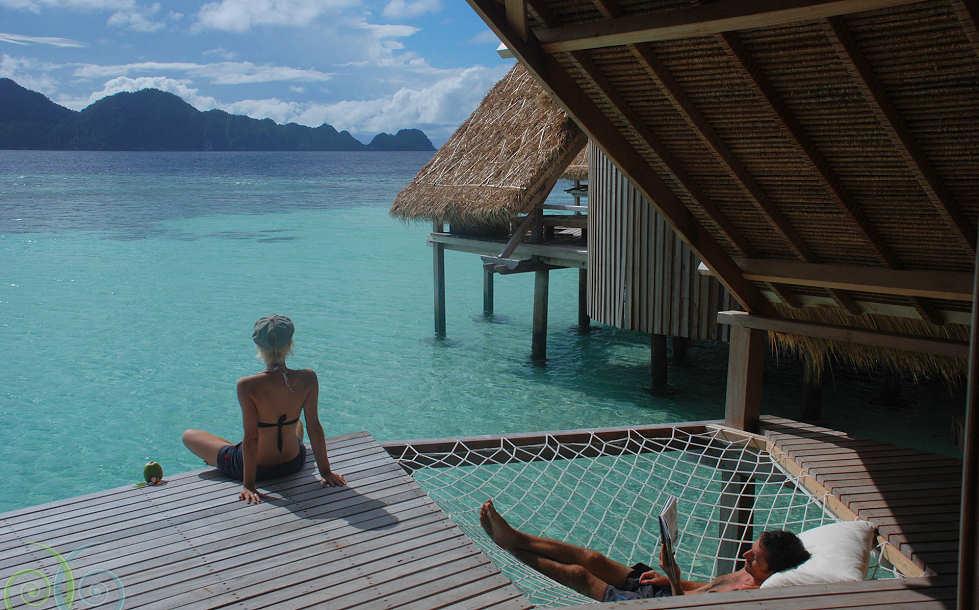 Entspannen über dem Wasser – Misool Eco Resort, Raja Ampat