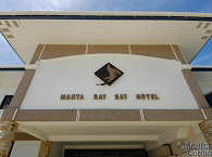 © Manta Ray Bay Resort