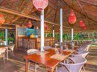Restaurant und Bar mit Meerblick – Selayar Dive Resort, Süd Sulawesi