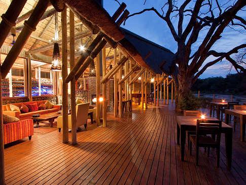 Rhino Post Safari Lodge, Kruger Nationalpark – Südafrika