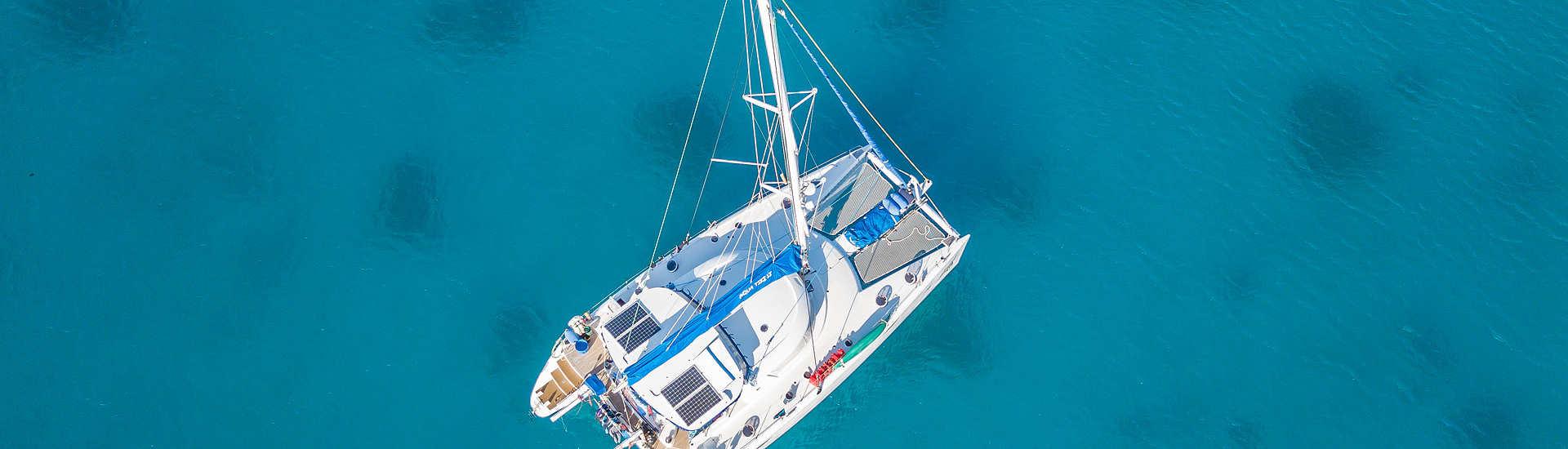 Die Aquatiki 2 in der Lagune von Toau, Französisch Polynesien