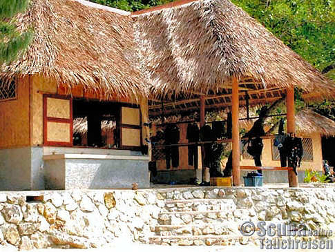 Tauchbasis – Sangat Island Divecenter