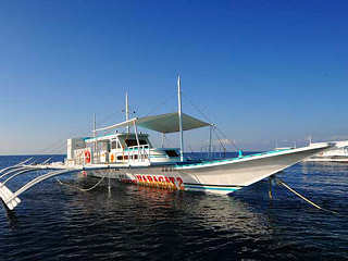 Traditionelle Banka – Tauchbasis Seaquest, Philippinen