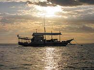 Das Safariboot Goyo von den Easy Diving in Sipalay, Philippinen