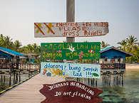 Anlegeplatz der Raja Ampat Aggressor, Tauchboot Indonesien