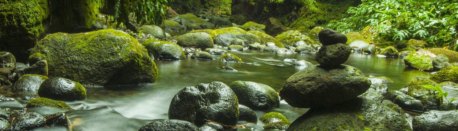 Beim Canyoning / Schluchtenwandern auf den Azoren
