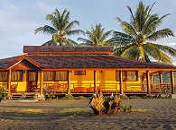 Doppel-Bungalow der Tompotika Dive Lodge, Sulawesi