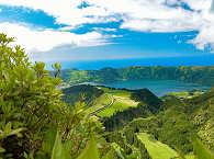 Spektakuläre Vulkan-Landschaften auf den Azoren