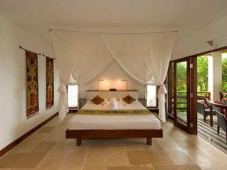 Deluxe Zimmer mit Terrasse & Meerblick – Tulamben, Bali